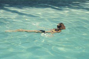 """Szenenbild """"Der Swimmingpool"""", Romy Schneider"""