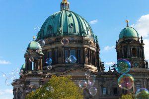 Berlin, Kuppel, Seifenblasen