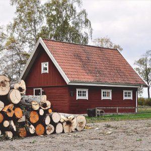 Schweden, Haus mit Holz